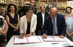 Signature de la convention d'appui à la lutte contre la pauvreté et d'accès à l'emploi